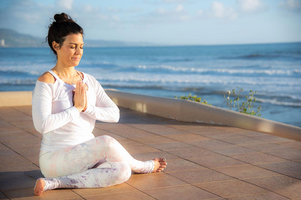 Jeny Dawson Yoga Pose In Mexico
