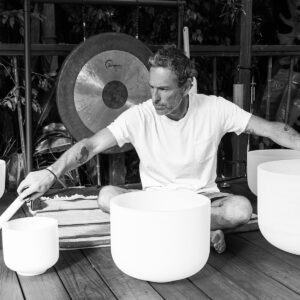 Monochrome Mark Carter with Bowls